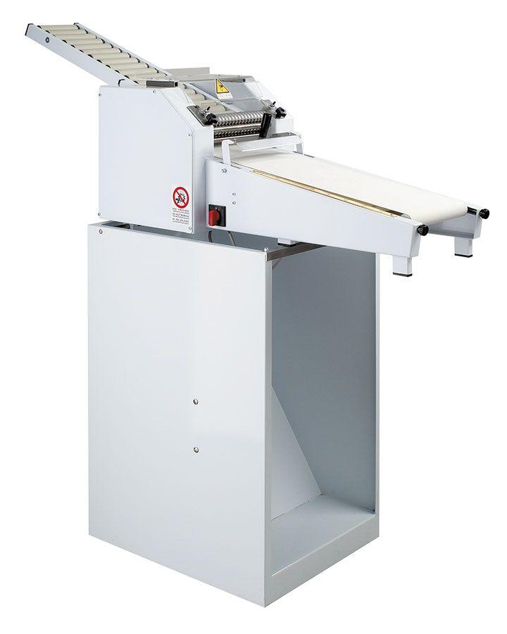 Masini pentru obtinerea grisinelor semi-automate